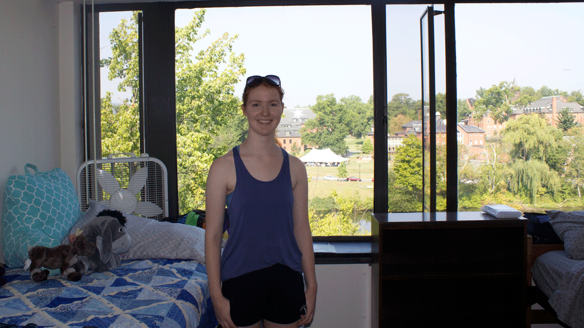 First-year Lisa Garrity on move-in day, 2015
