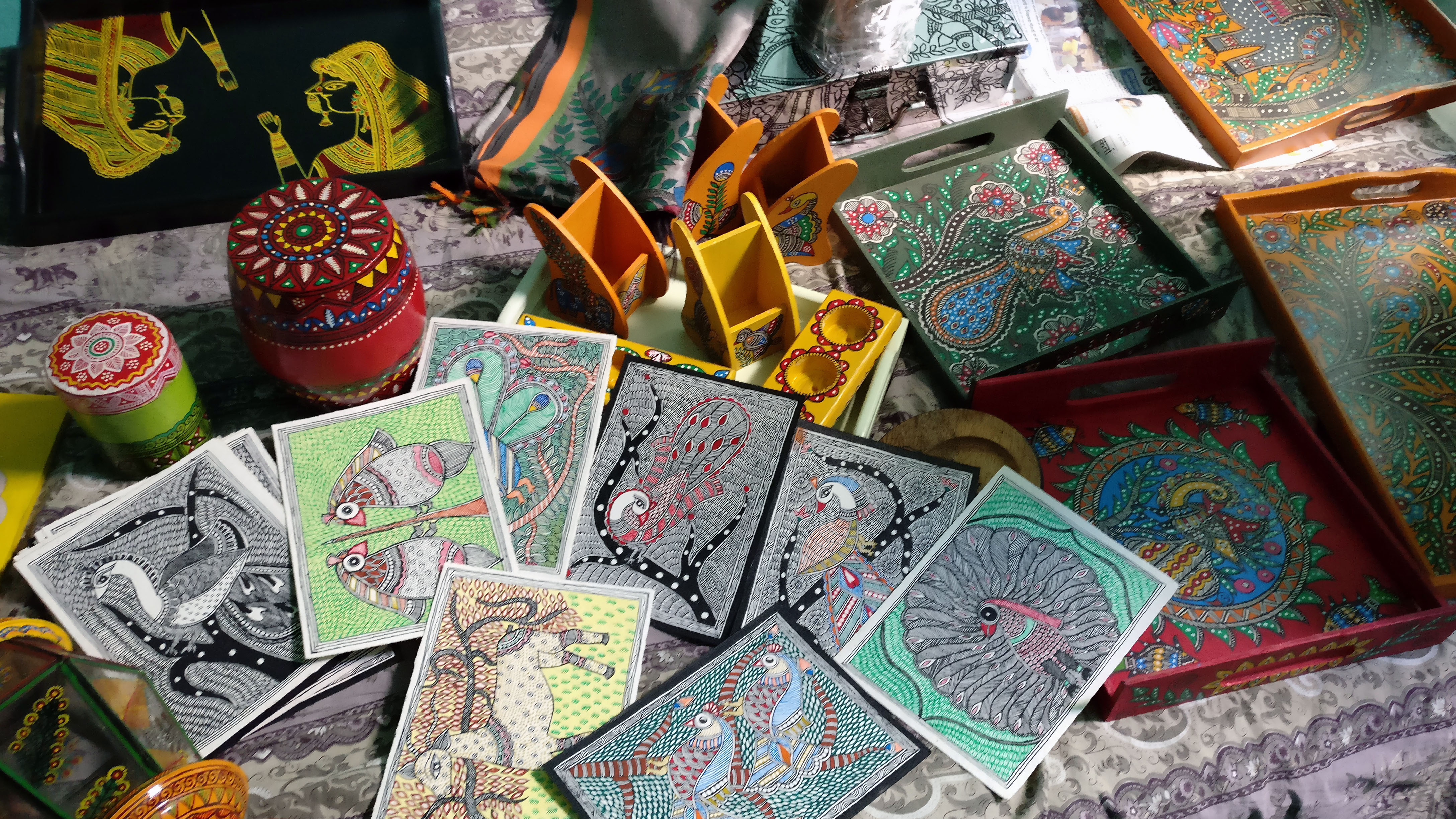 Blog_Khanna_cardsNotecards, pen holders, and trays — accessible ways for consumers to connect with Madhubani painting