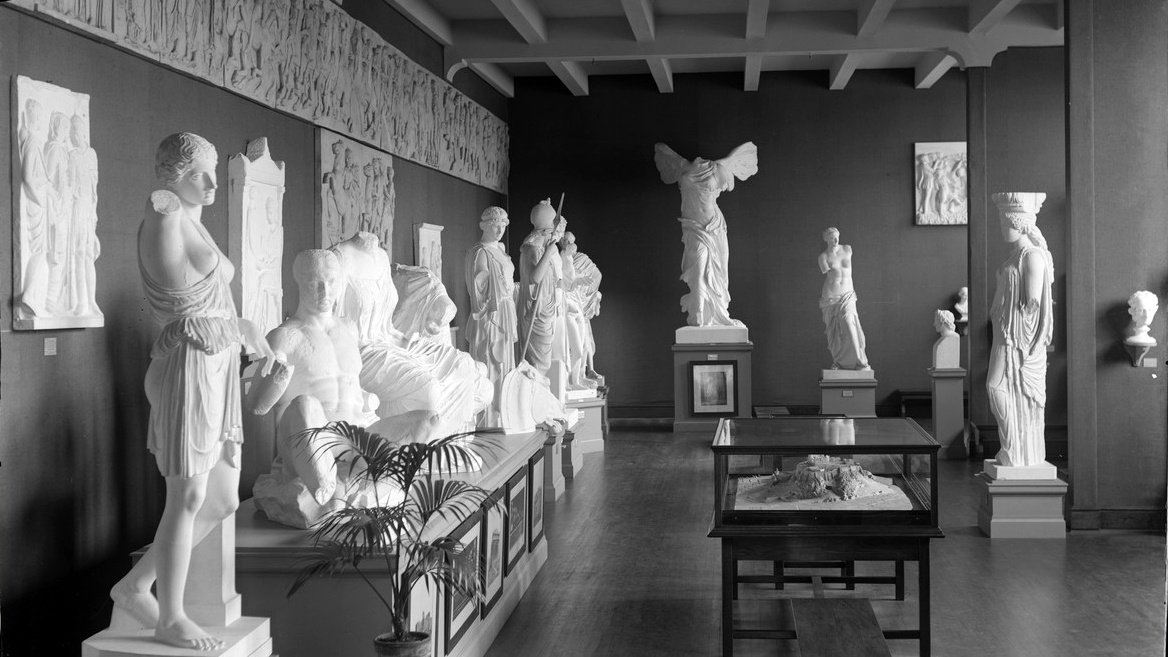 Plaster cast gallery in Dwight Hall, ca. 1920s. Photo by Asa Kinney, courtesy of Digital Exhibits of the MHC Archives and Special Collections.