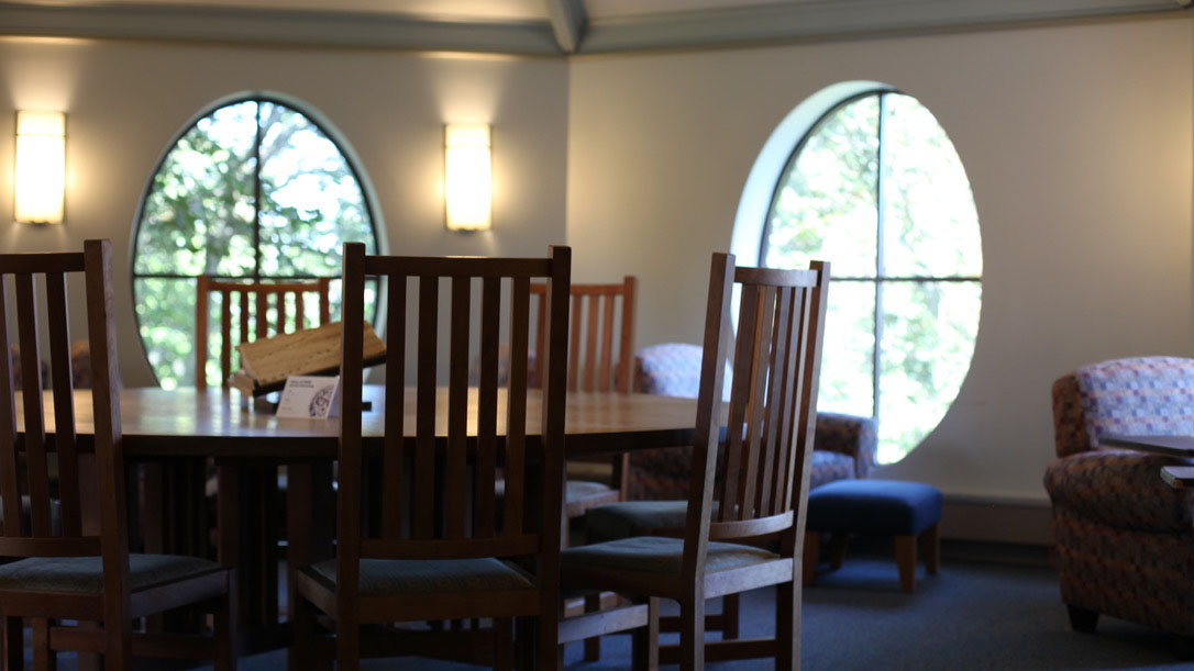 Octagon Room, Williston Library