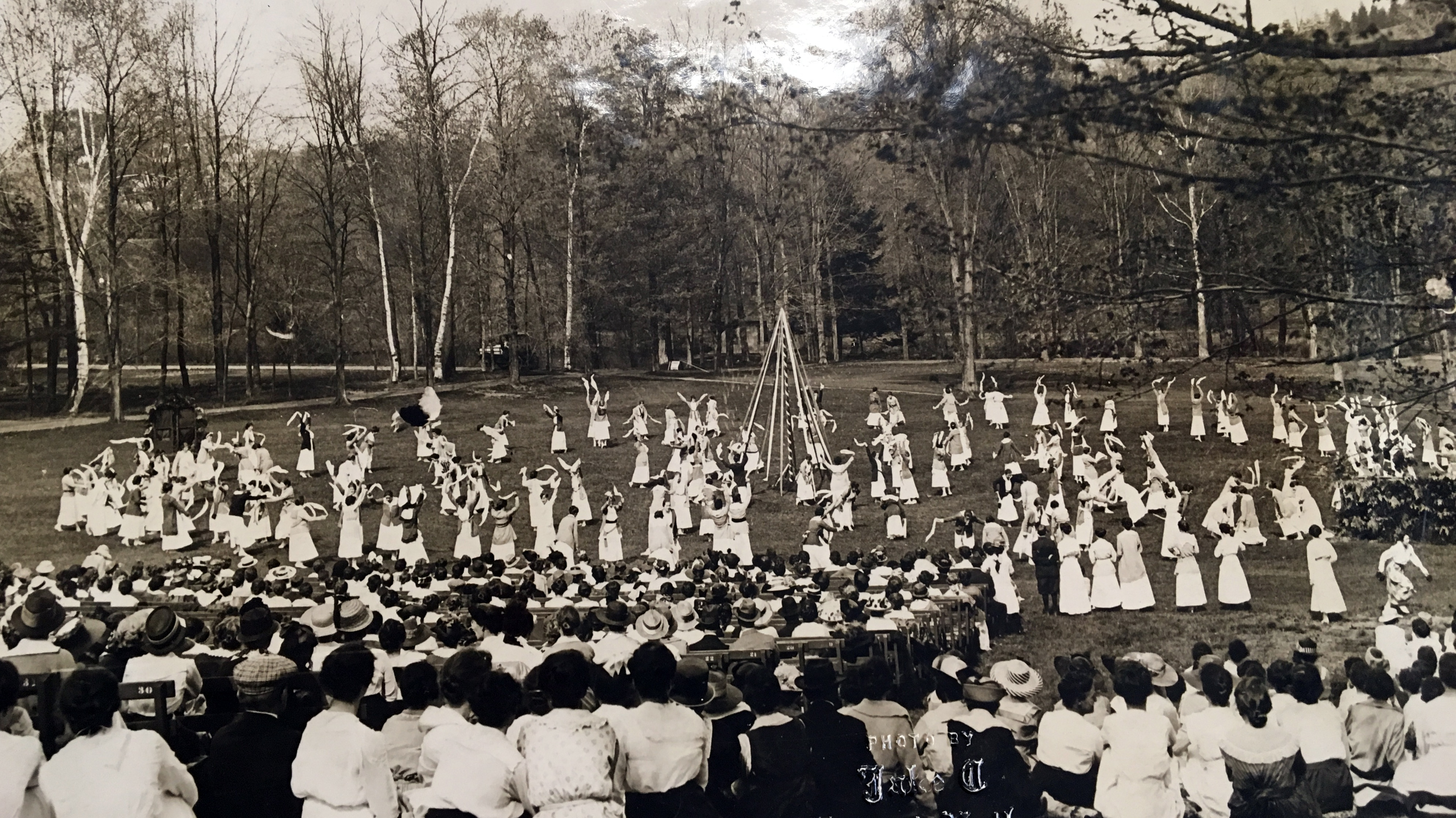 May Day festivities, 1917