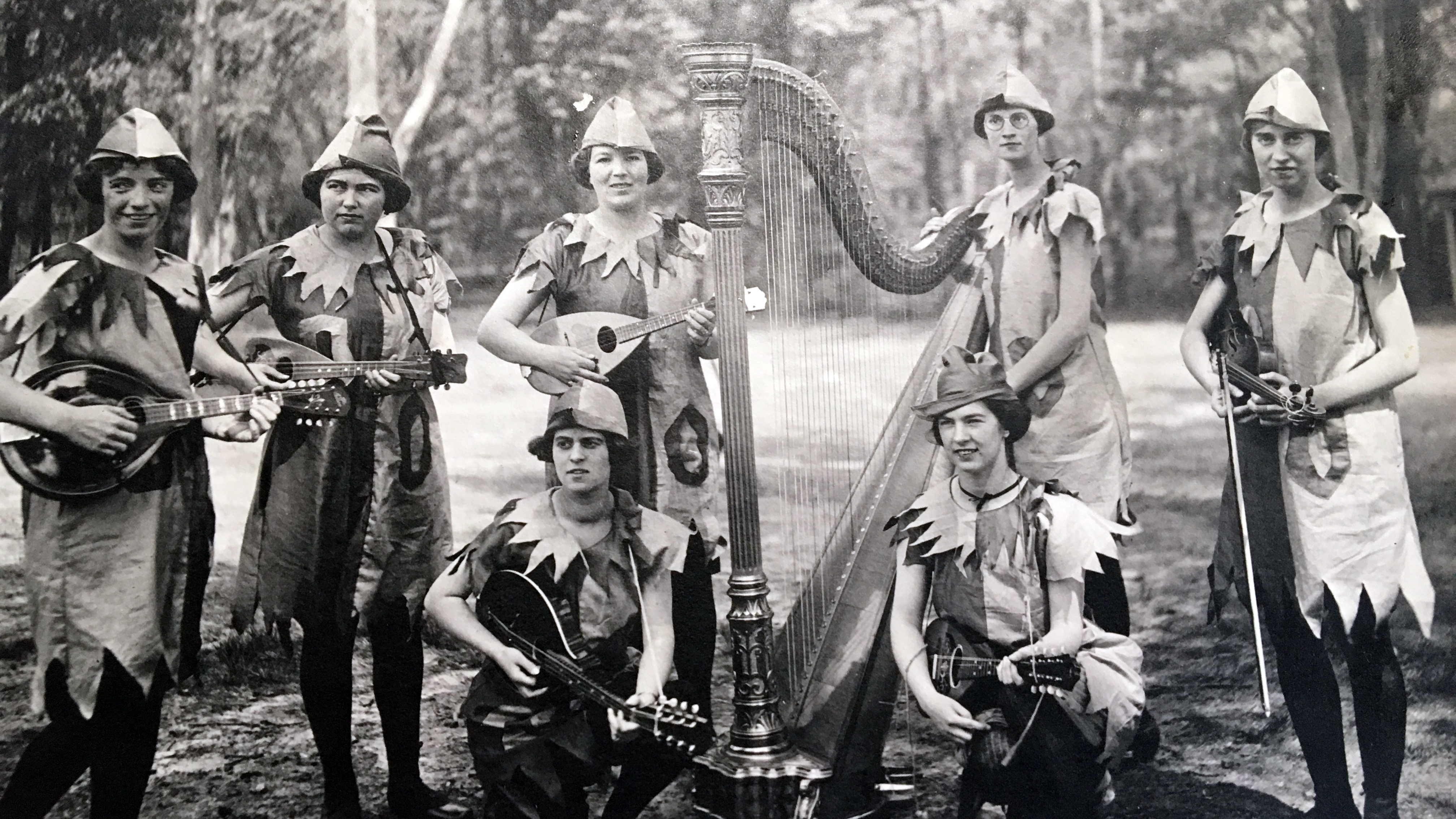 May Day minstrels, 1921