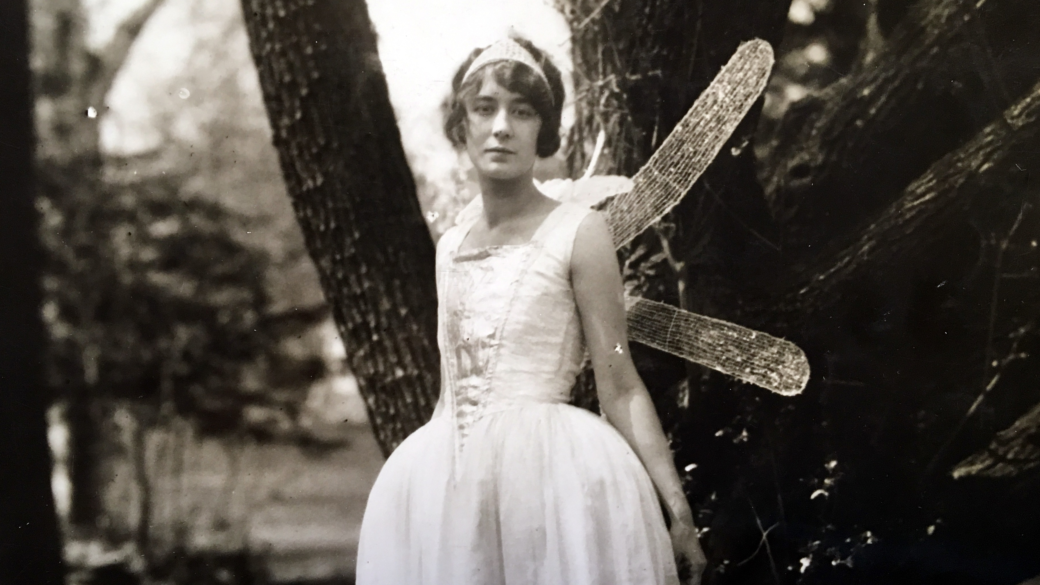 May Day queen, 1920s