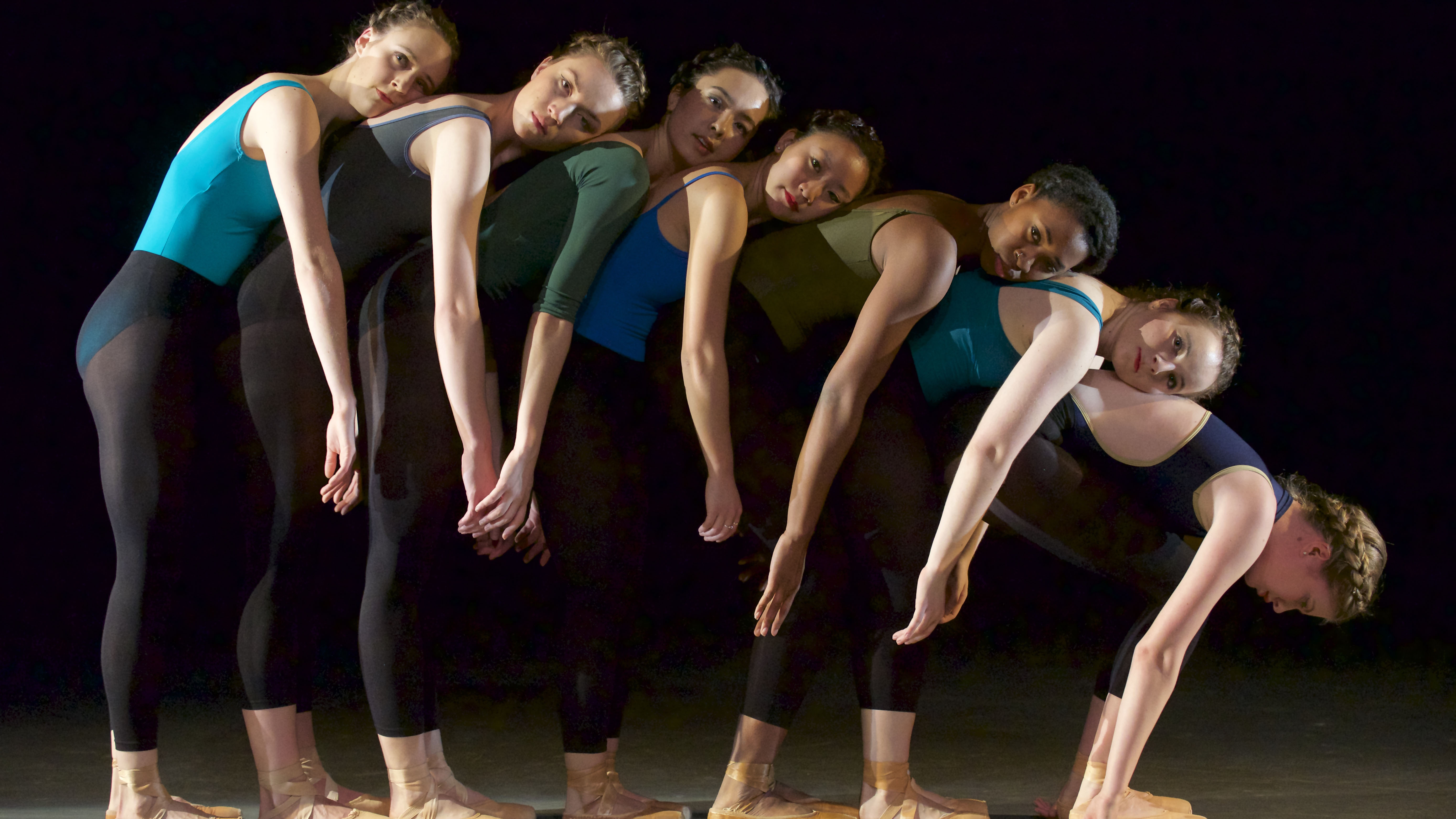 An esprit for choreography and dance kinesiology.