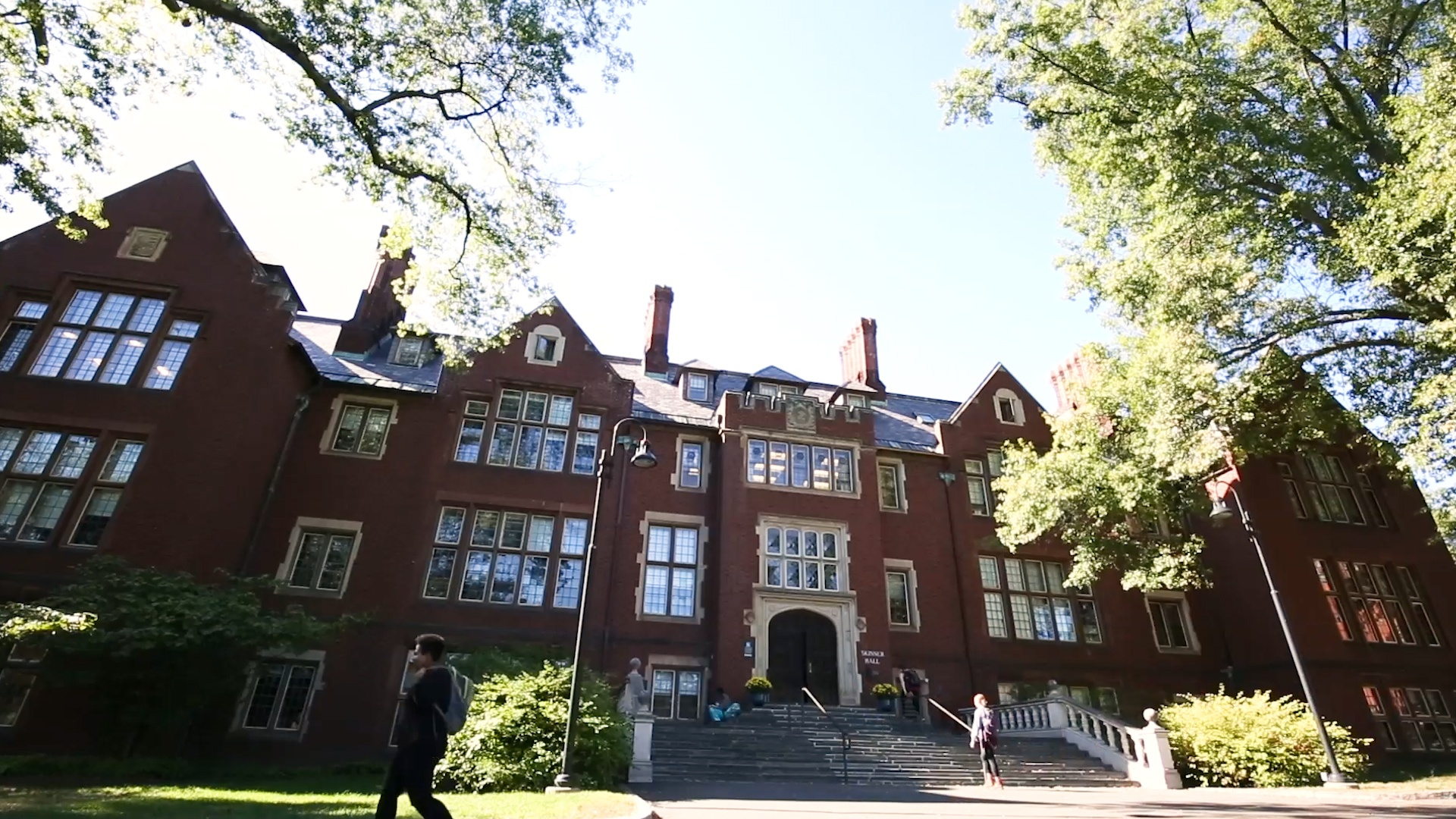 Mount Holyoke: seeing the big picture